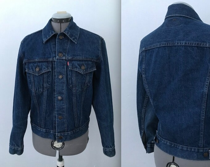 Men's Dark Wash Levi's Denim Trucker Jacket