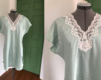Vintage 1980s Teal and White Lace Gown
