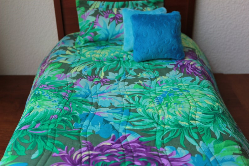 Kaffe Fassett Shaggy Aqua Kona Cottons Patchwork Doll Quilt and Pillows Set for an American Girl or any 18 inch Doll Reversable