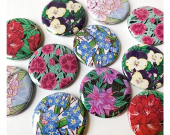 Flower Badges / Pinback Buttons - 6 designs // Flower gift / Flower art