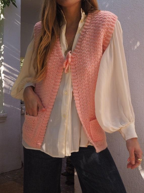 PINK VINTAGE VEST // Vintage 60s 70s Knit Vest