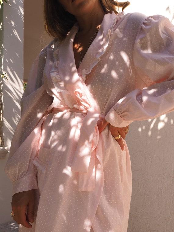 VINTAGE PINK ROBE // Vintage Polkadot Robe