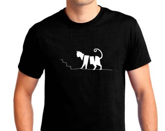 The Cat on the Stairs T-shirt Men Short Sleeve