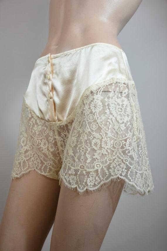 vintage 40s shorts,30s shorts, tap shorts, lace sh
