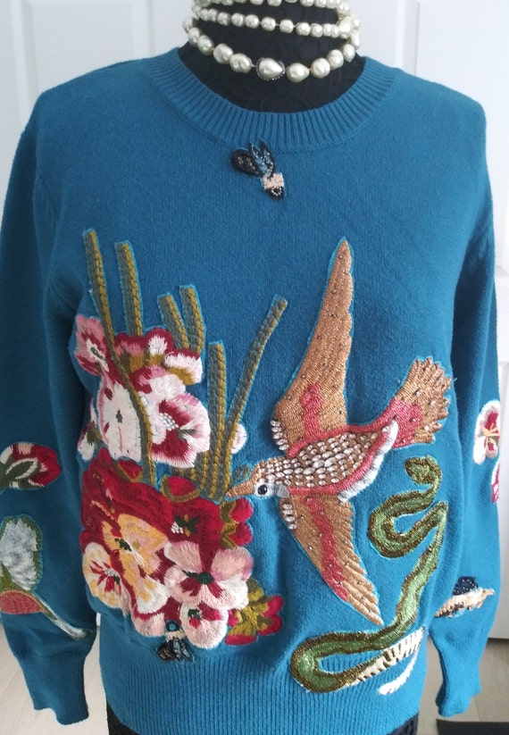 Beautiful Vintage  Chinese  Embroidered Sweater