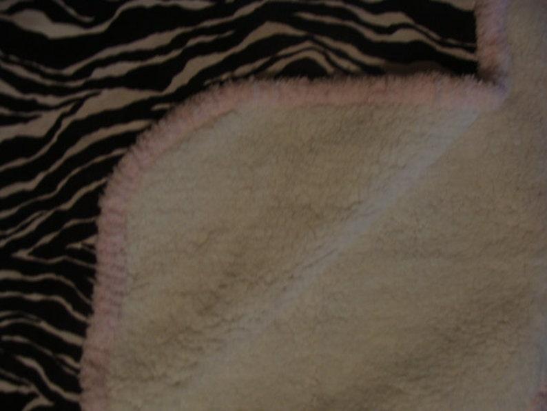 1 bib and 1 burp rag Microfleece from Springs Creative Super Soft Baby Blanket