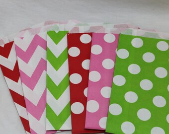 12 red green pink strawberry shortcake  birthday party goodie favor paper bags chevron zig zag polka dotted shower graduation
