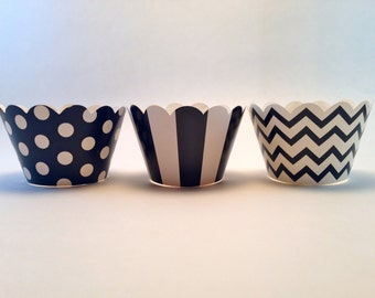 20 Black and white cupcake holders wrappers polka dotted dots chevron stripesl mickey mouse over the hill party table decoration halloween