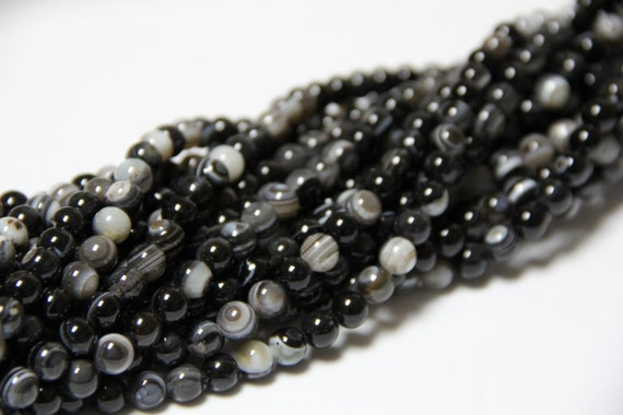 "Bull's Eye Agate 8mm smooth round beads 16"" length full strand"