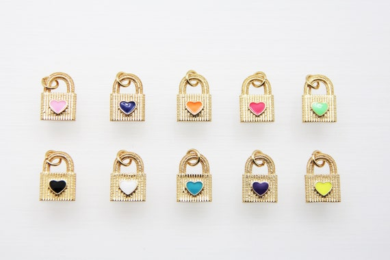 Enamel 12x17mm Lock With Heart Pendant
