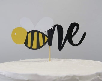 Bee Cake Topper, Bee First Birthday, Beeday Party Decor, Bee Theme Cake, Beeday Cake, Cake Topper, Bee Theme, Bee First Birthday