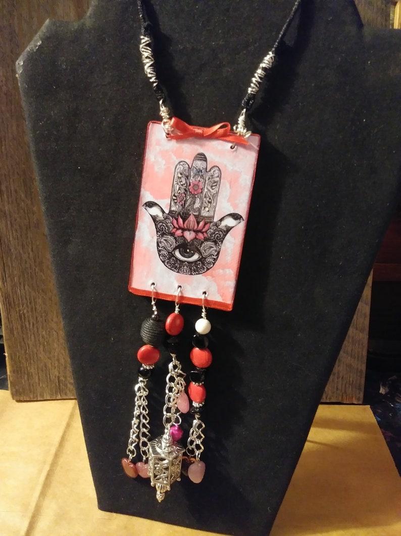 HASMA  Board Necklace