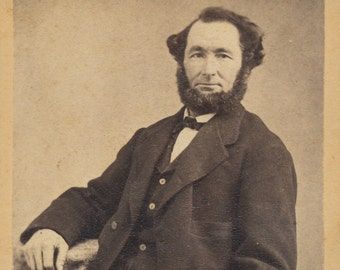 CDV of of well dressed bearded with a beard but no mustache / carte de visite