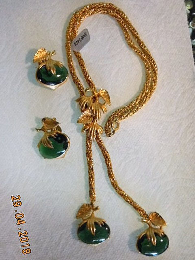 SCHRIAPARELLI Necklace /& Earrings Bright,beautiful looing like 22K mint condition