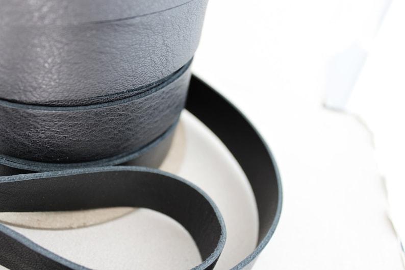 25 mm 3 weeks processing time. DS1-L-BlkW WHOLESALE Genuine Black Leather Strap 1 inch 25 YARDS Bag Strap