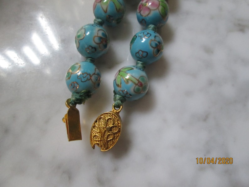 Beautiful Glass Hand Painted Blue Floral Beaded 24 Inch Necklace
