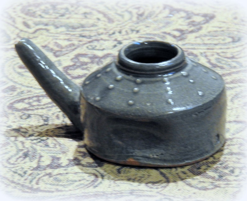 NETI Pot Blue Glaze w WILLEM GEBBEN Raised Tan Dots Green Highlights Hillcrest Pottery Wood-fired Traditional Stoneware Yoga Sinus Relief