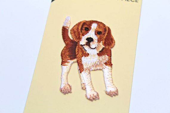 CUTE PRETTY BEAGLE DOG Embroidered Iron on Patch Free Postage