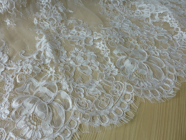 French Chantilly Lace, Ivory Rose Flower Trim Fabric, Corded Embroidery Lace Fabric with Both Scallop Edging