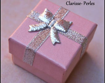 Recyclable gift box jewelry box, pink