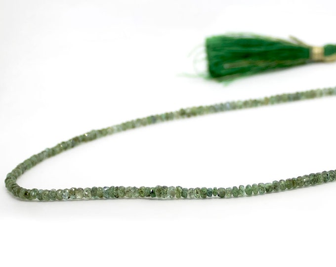 gorgeous ethnic necklace in Emerald with a cord