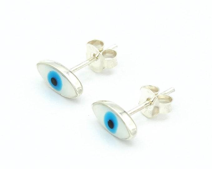 """Featured listing image: paire de puces d'oreille """"Protection"""""""