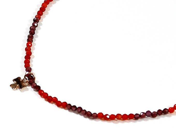 Choker in Garnet and carnelian, clover pendant