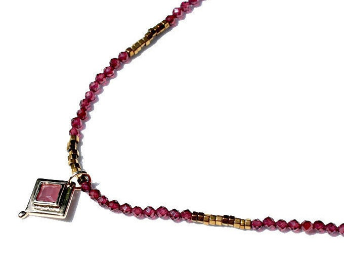 Garnet with diamond pendant Choker