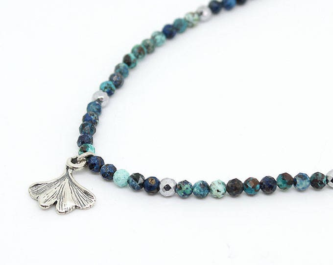 ginko leaf Choker with agates and a pendant