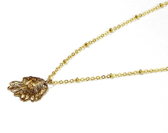 Necklace with an Indian pendant