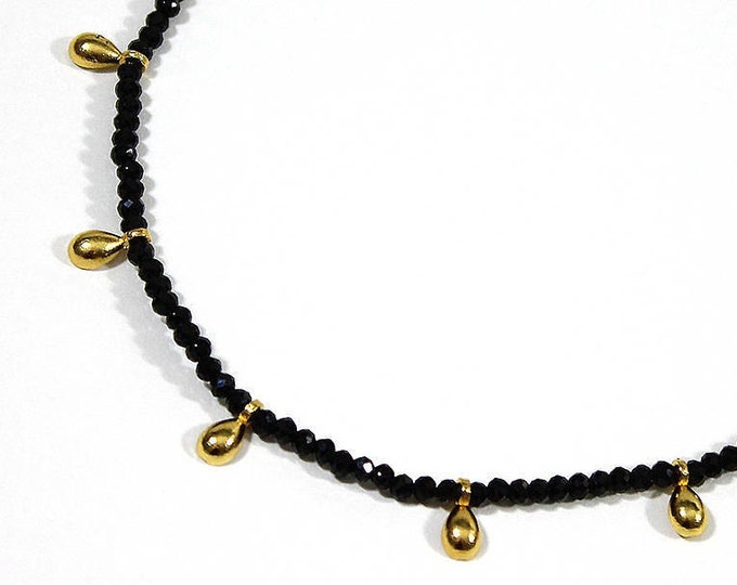 charms and onyx Choker