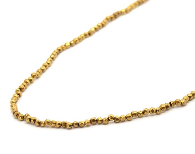 Necklace with gold nuggets