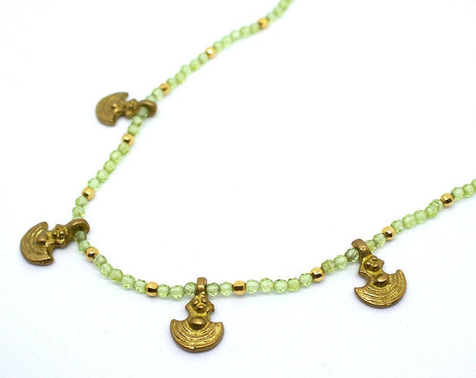 short Indian necklace with pendants