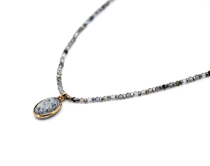 Choker with semi precious beads. Terahertz pendant