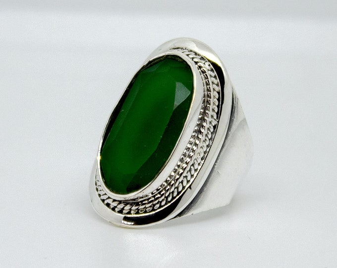 Ethnic ring with one Emerald - other stones available