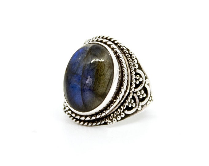 Ethnic ring with labradorite - other stones available