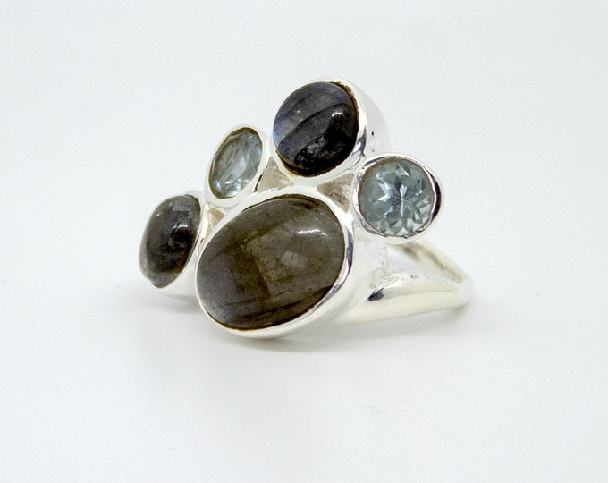 Ring with 5 stones - other stones available Comet