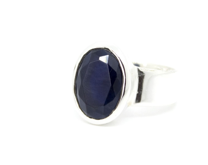 Ring with one round Sapphire - other stones available