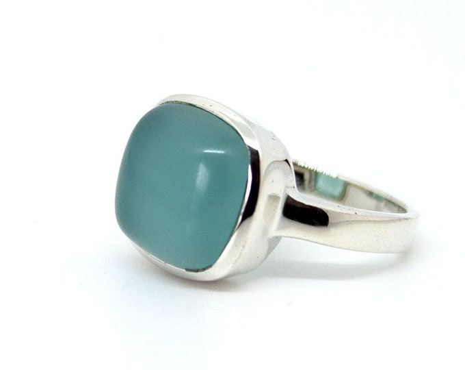 Ring with a square aquamarine (other stones available)