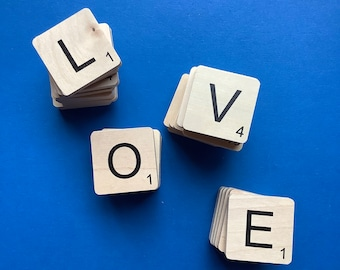 Magnetic wooden letters Scrabble type in wood, gift, Humor, Valentine's Day, for chalkboard, made in Quebec, made in Canada, Mabie Ecodesign