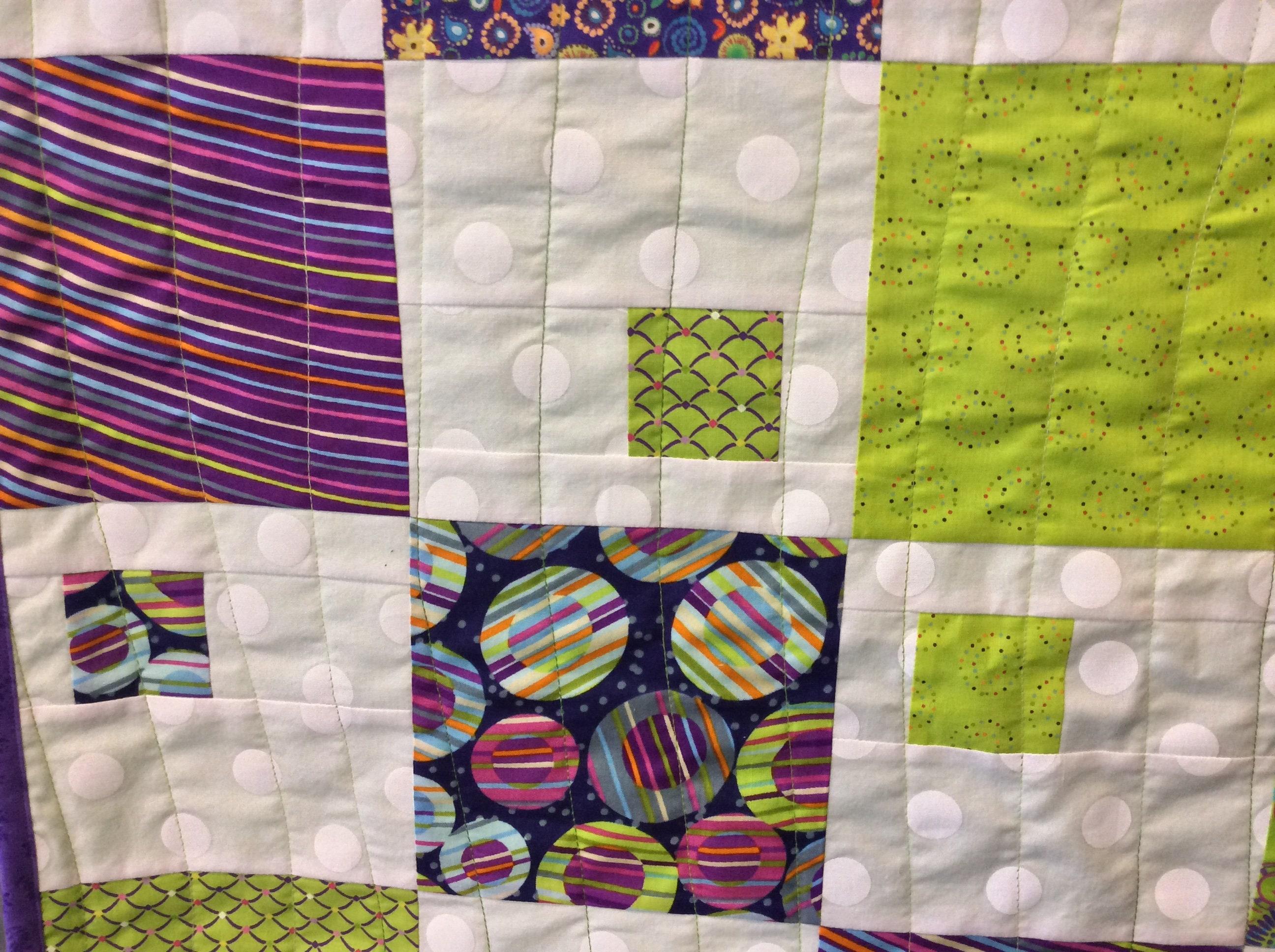Quilt pour bébé/toddler violet et vert - courtepointe pour adolescents ou lap