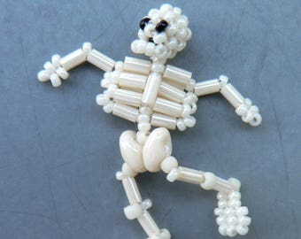 Beading tutorial - Elvis - tiny skeleton - two-needle stitching