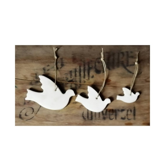 Ceramic decoration trio of white dove to hang