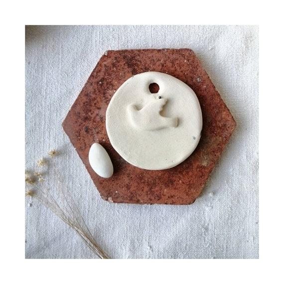 Médaillon ceramique colombe blanc mat