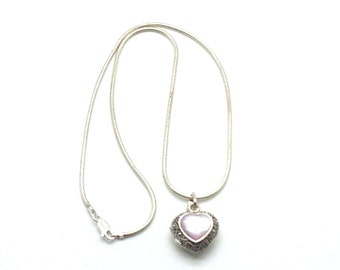 Hidden Treasures,Locket Necklace,Sterling Silver,Lockets,Heart,Pearl,Pink,Photo Locket,Mother's Day,Gift for Her,Gift Idea,Mom Would Love