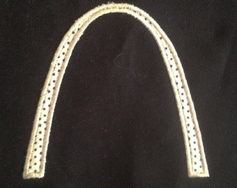 St. Louis Arch machine embroidery and appliqué designs in several sizes and styles.