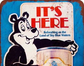 "1951 Hamm/'s Beer Bear and Football Vintage Retro Metal Sign 8/"" x 12/"""