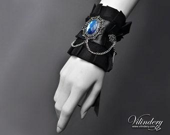 Little Cuff with Blue Glass Crystal - Victorian Fashion, Elegant Nu Goth, Dark Romantic Wedding Jewelry, Wrist Accessories, Gothic Lolita