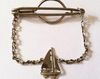 Vintage Art Deco Tie Chain - Silver Tone Sail Boat Yatch Tie Bar - Rare Nautical Tie Clip