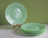 Jadeite Dinner Plates with Wide Rim. Set of 5 Plates.